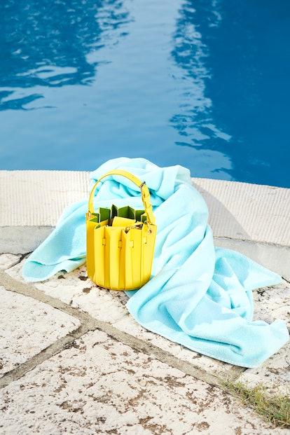 Plissé Mini Bucket Yellow
