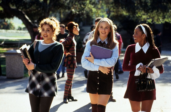 Brittany Murphy, Alicia Silverstone, Stacy Dash Clueless - 1995 Director: Amy Heckerling Paramount USA Scene Still