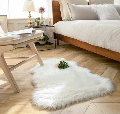 Ashler Home Deco Sheepskin Fur Rug