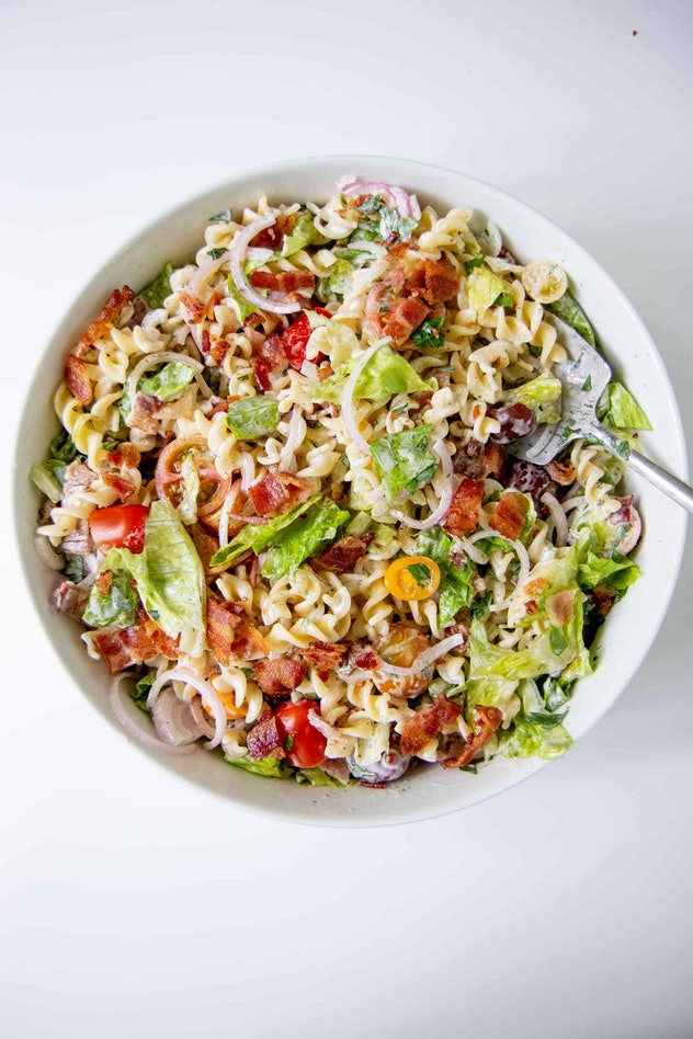 This recipe for Ranch BLT Pasta Salad is an easy summer dinner you can have on the go.