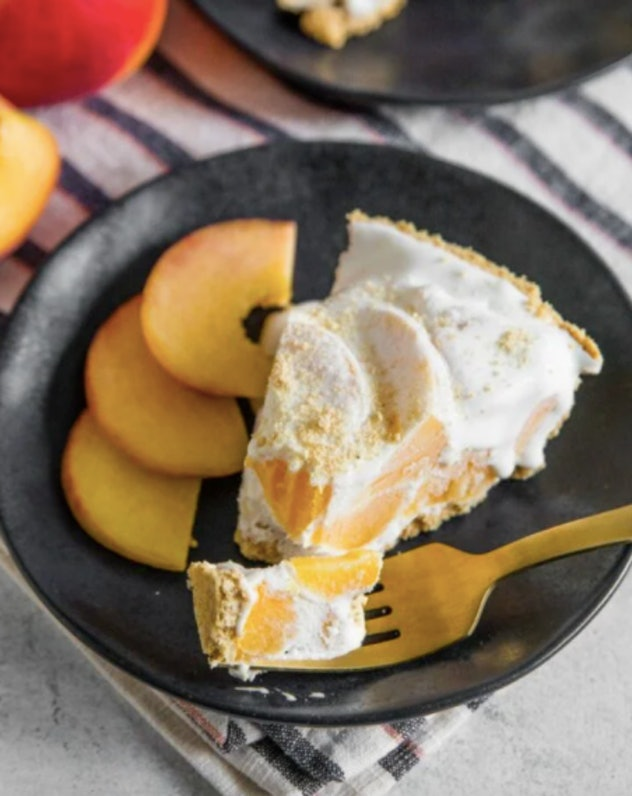 Icebox peach pie