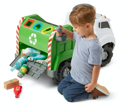 Your truck-loving toddler will can collect and sort pretend recyclables with the Real Rigs Recycling...