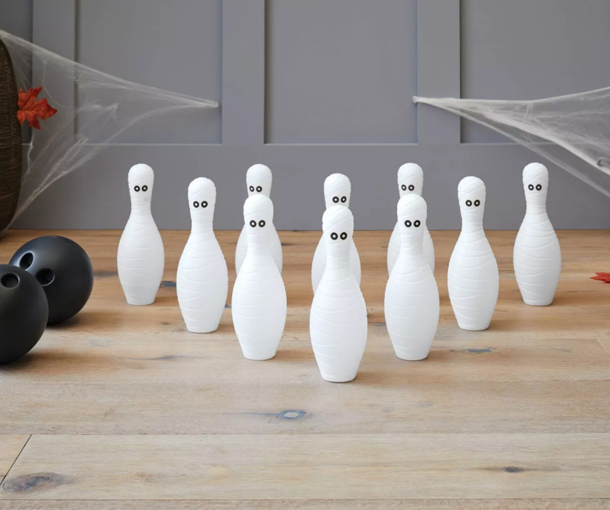Mummy Bowling Game Halloween Party Kit