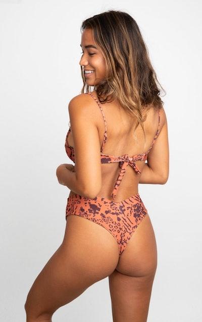 Mandi Bikini Bottom