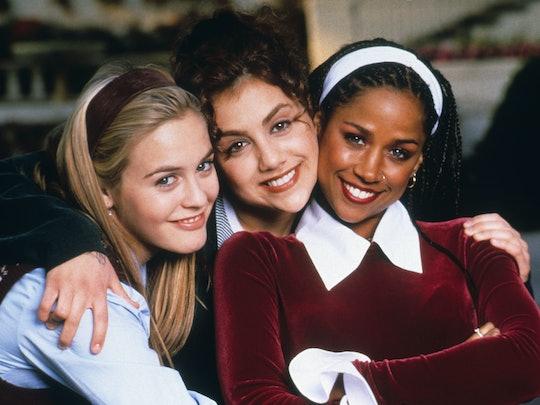 The three main characters of Clueless had tons of iconic beauty moments like headbands