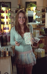 Lindsay Lohan with a Louis Vuitton x Takashi Murakami bag on the set of 'Mean Girls'