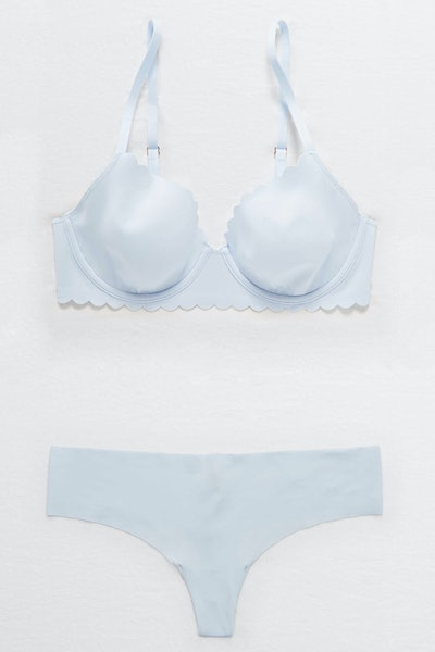 Aerie Real Me Full Coverage Unlined Bra and No Show Thong Underwear