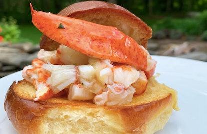 Black Tie Lobster Roll (4-Pack)