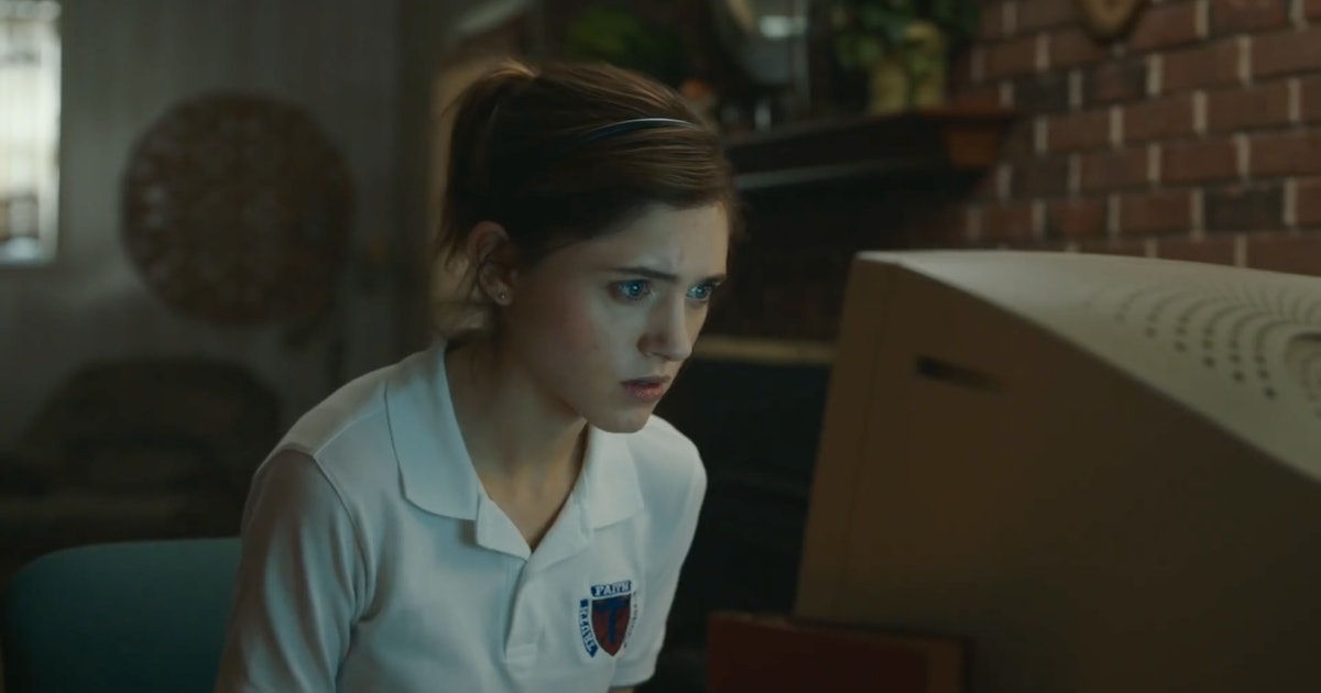 Natalia Dyer Wants You To Know Masturbation Is Healthy — But It's Also Hilarious