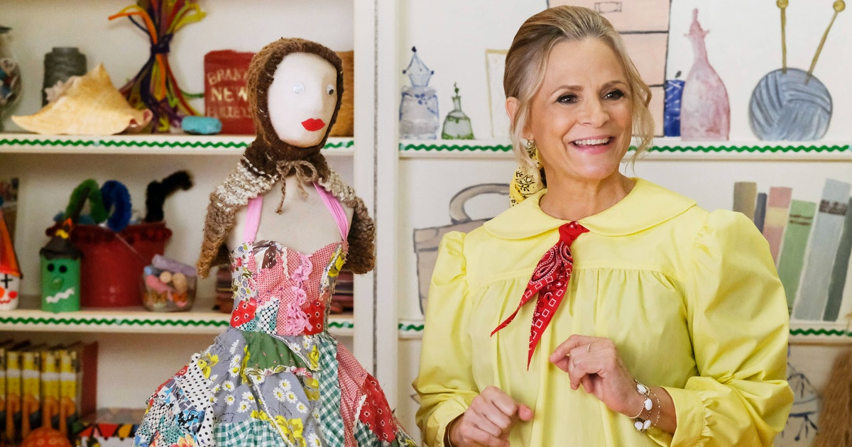 8 Shows To Watch While Waiting For More 'At Home With Amy Sedaris'