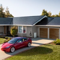 Tesla Solar: Elon Musk has an ambitious target for clean energy business