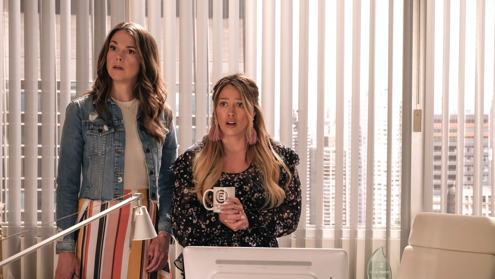 Liza and Kelsey in 'Younger'