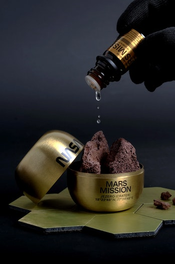 Mars scent