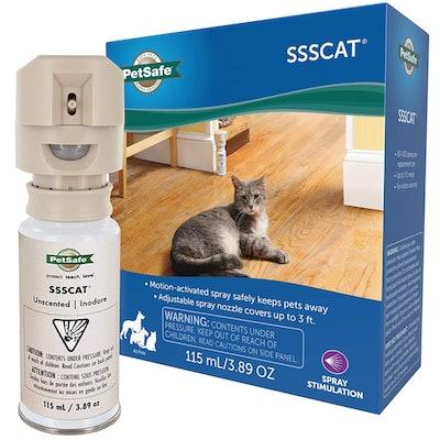 PetSafe SSSCAT  Motion Activated Pet Repellent (3.9 Ounces)