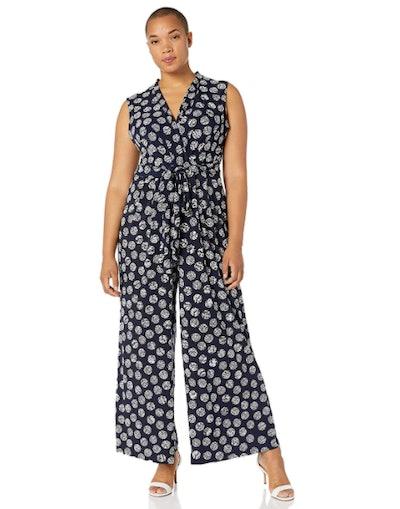Jessica Howard Plus Size Women's Sleeveless Surplice Jumpsuit