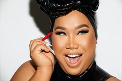 Patrick Starrr applying eyeliner from ONE/SIZE's new Visionary Collection.