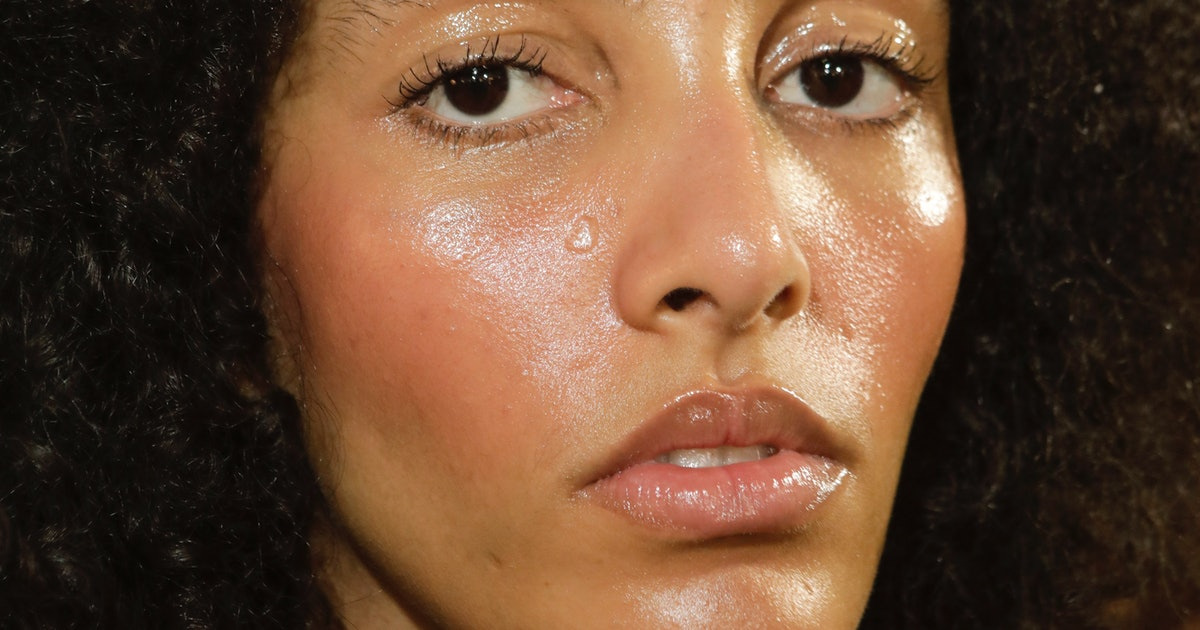 15 Transfer-Resistant Foundations That Will Stay On Underneath Your Mask
