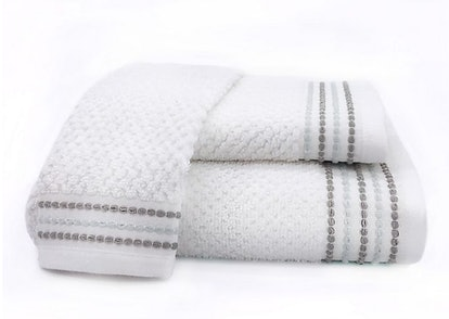 Nora Bath Towel in White