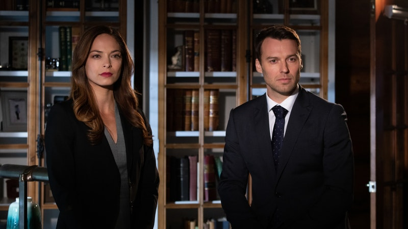 Kristin Kreuk as Joanna Chang and Peter Mooney as Billy Crawford in 'Burden of Truth' via The CW's press site