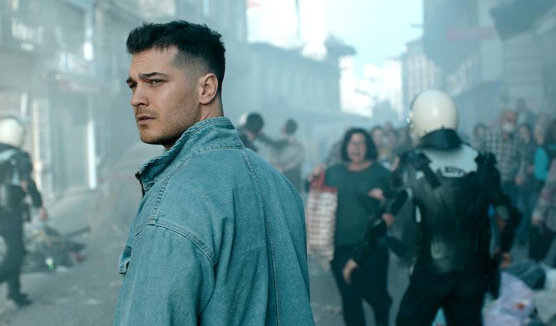 Çağatay Ulusoy as Hakan Demir in 'The Protector' via Netflix's press site