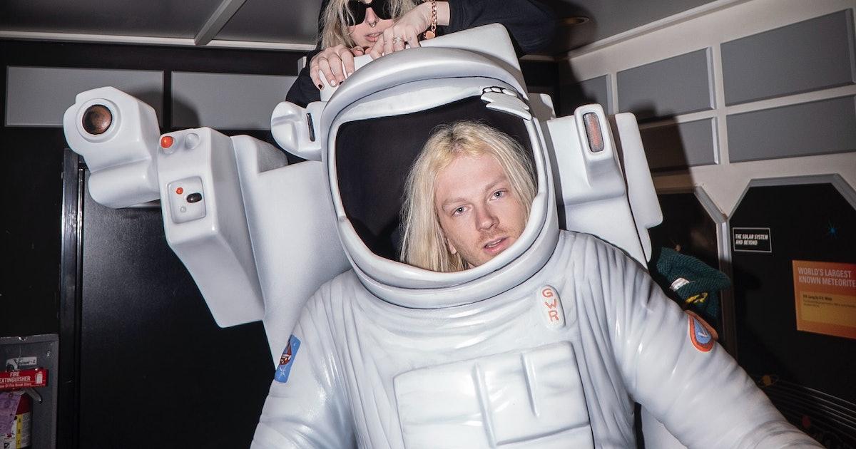 100 Gecs' Remix Album Delivers Their Futuristic Vision Of Pop (Review)