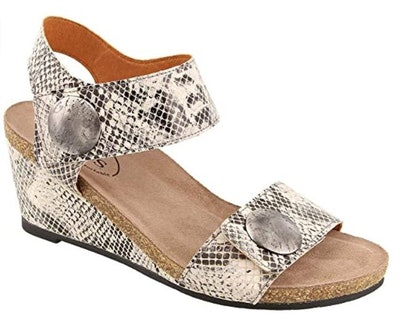 Taos Footwear Women's Carousel 2 Sandal