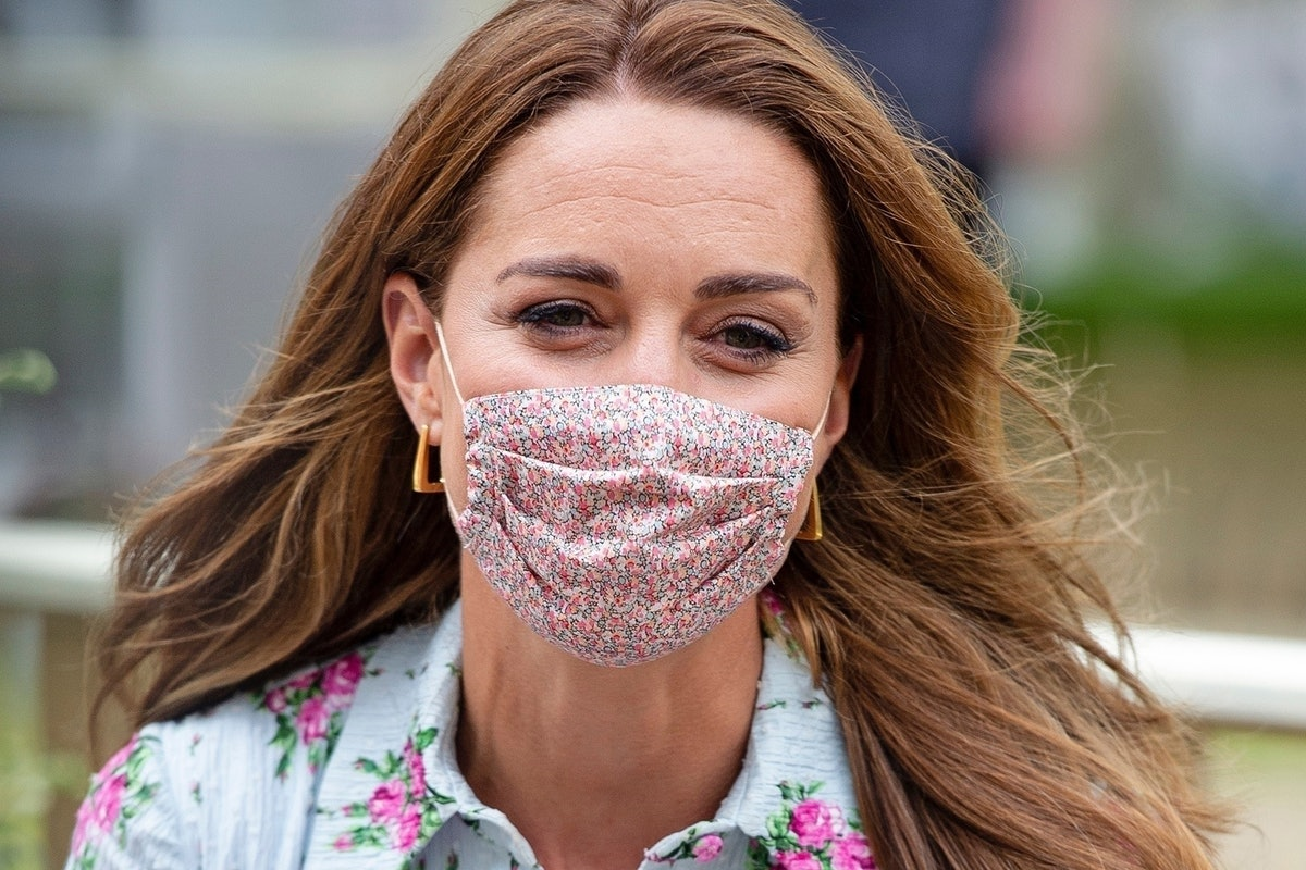 Kate Middleton poses in a face mask