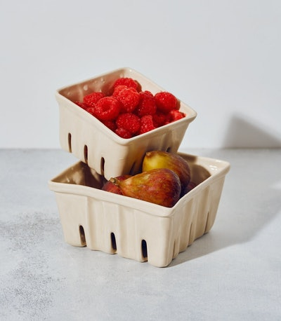 Medium Ceramic Berry Basket