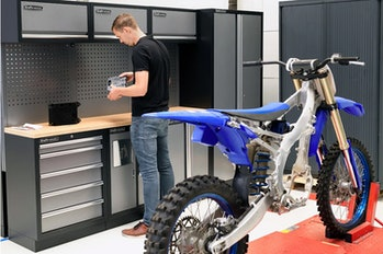 EMX Powertrain is an electric motocross bike based on a Yamaha platform.