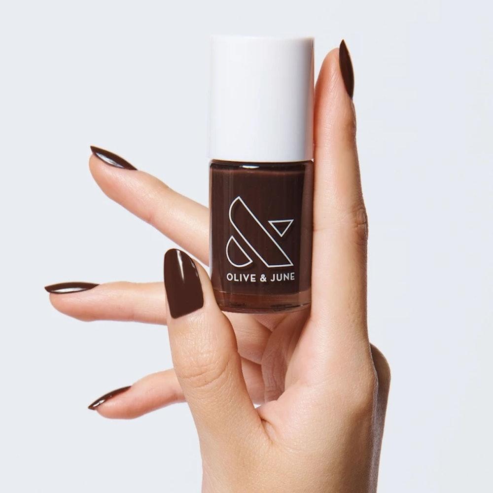 Nail polish in CN