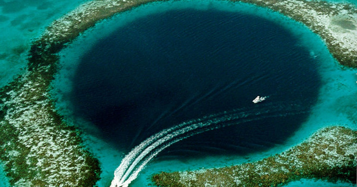 Blue Hole: The strange ocean phenomenon scientists are exploring this month