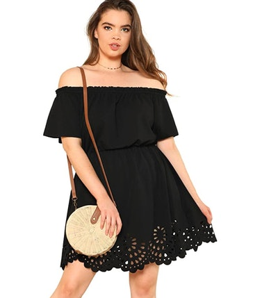 Romwe Plus Size Off The Shoulder Hollowed Out Scallop Hem Dress