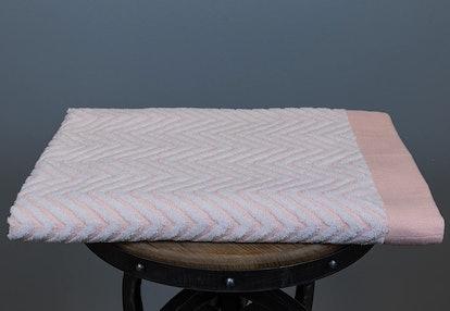 Fibertone  Bleach Safe Beach Towel