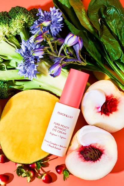 Peach & Lily's new Pure Peach Retinoic Eye Cream with ingredients.