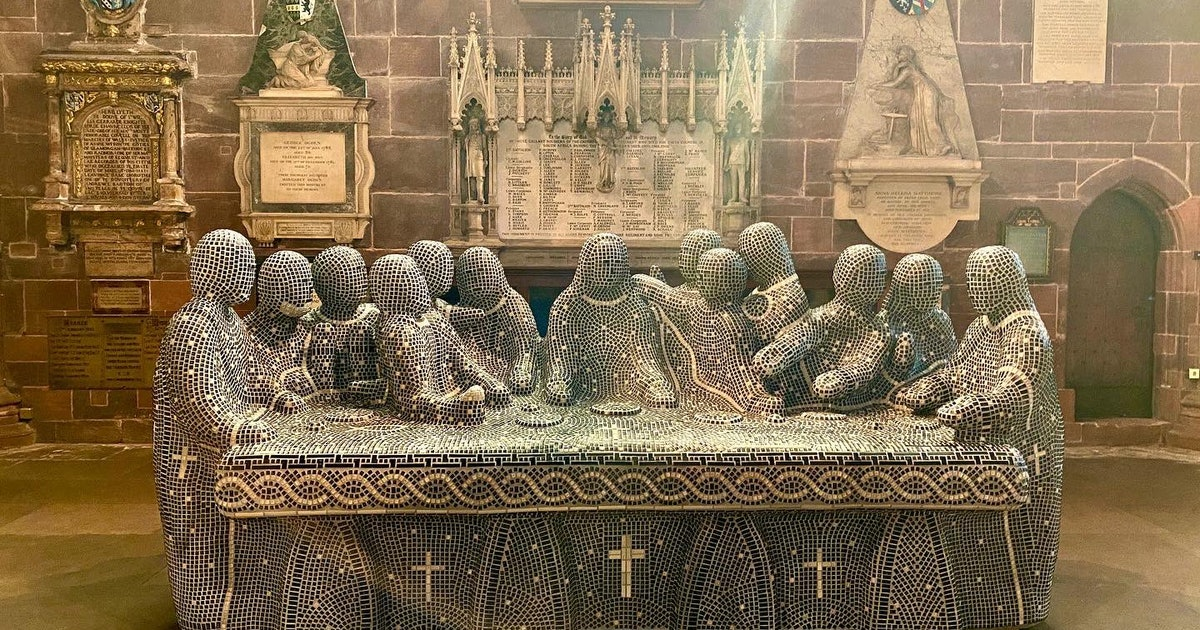 'The Last Supper' sculpted with cement and keyboard keys is heavenly