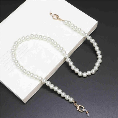 The Pearl Face Mask Chain