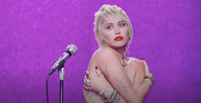 """Miley Cyrus confirms Cody Simpson split with the release of """"Midnight Sky"""" music video"""