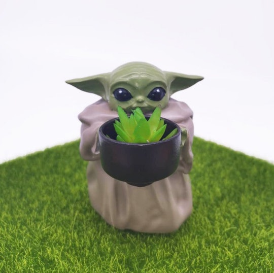 This mini Baby Yoda pot planter will take your fandom to the next level.