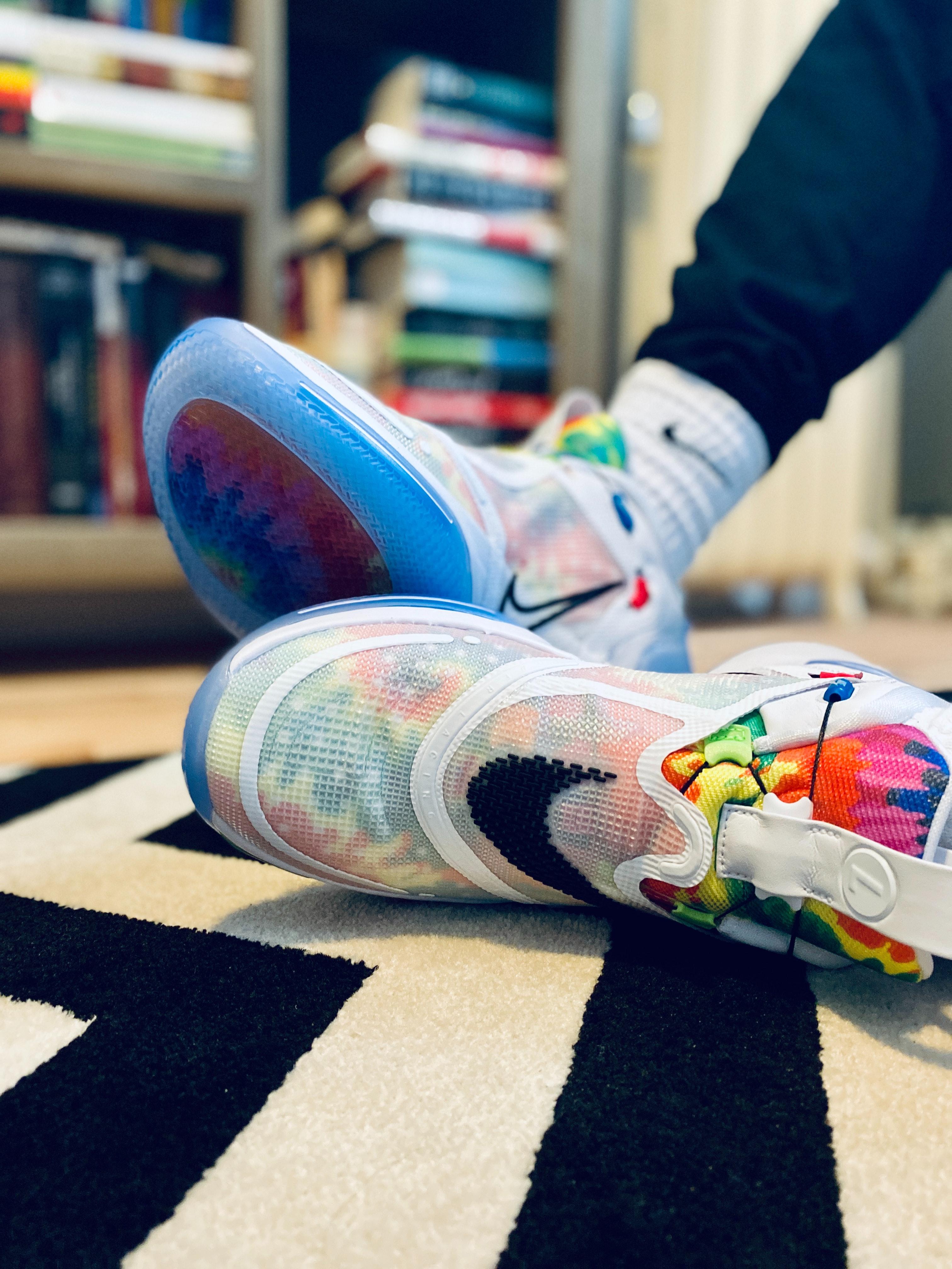 Wearing Nike S Tie Dye Adapt Bb 2 0 Self Lacing Sneakers Go Hippie