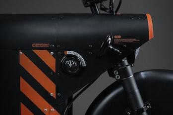 Katalis EV.1000 electric motorcycle dial close up