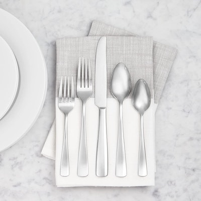 AmazonBasics Stainless Steel Flatware Set with Square Edge (45-Piece)
