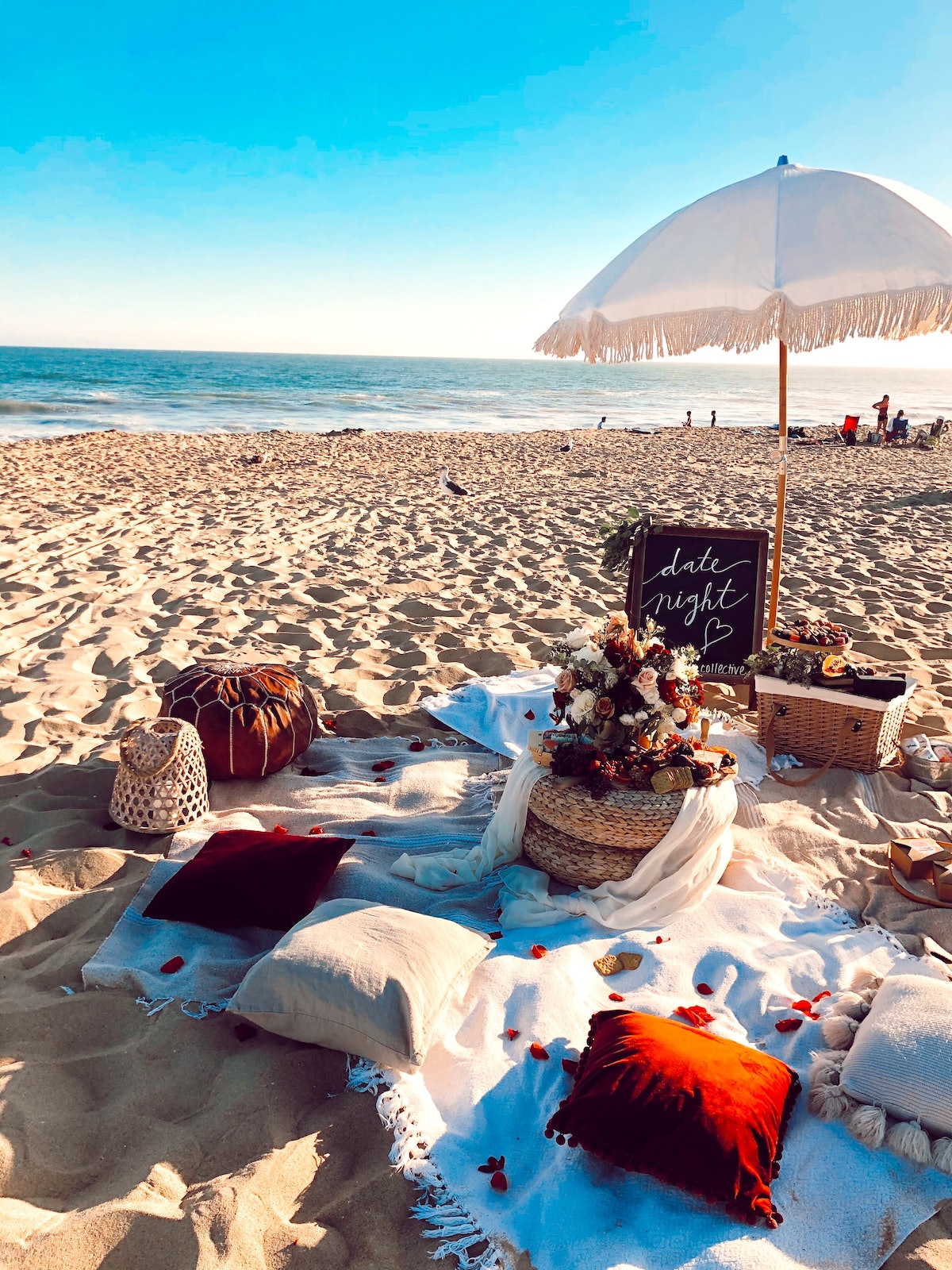 The Picnic Collective's date night packages make for a great, summery experience for you and your SO.