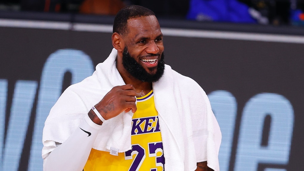 LeBron James put on his Tune Squad jersey for the first time in a 'Space Jam 2' first look teaser.
