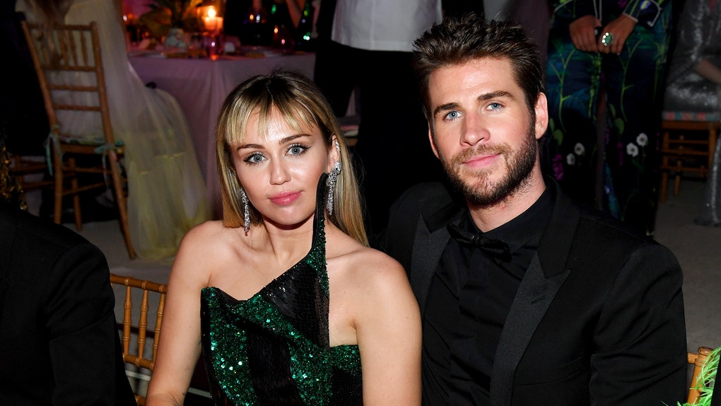 """Miley Cyrus' Quote About """"Losing Herself"""" In Her Relationship With Liam Hemsworth Is A Lot"""