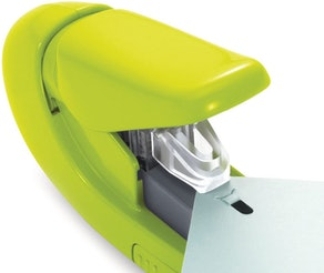 PAPER CLINCH Compact Stapler