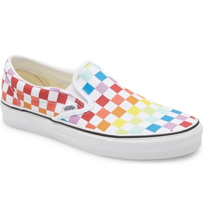 Vans UA Classic Slip-On Sneaker in Rainbow Checkerboard