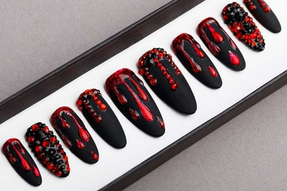 Black And Red Press On