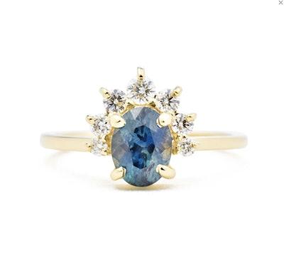 Luna Oval Sapphire Ring