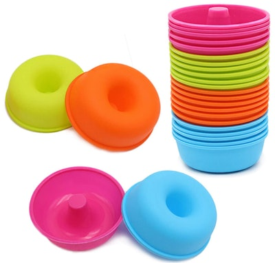 To Encounter Silicone Donut Pans (24-Pack)