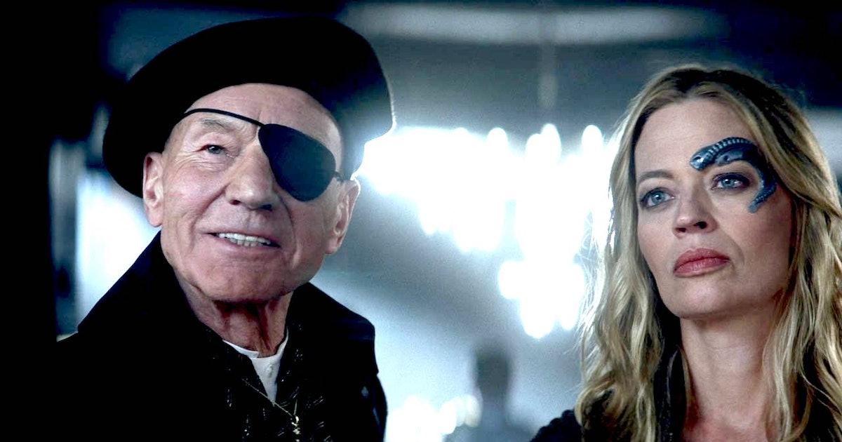 'Lower Decks' creator says legacy Star Trek characters appear in Season 1